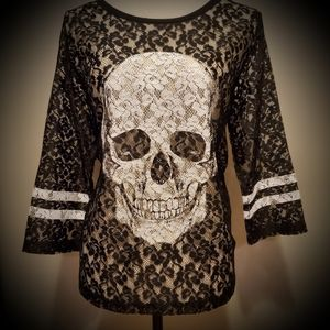 Express Lace Skull Top